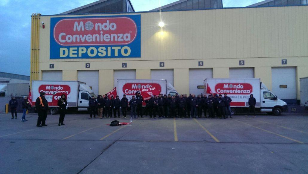 sciopero a mondo convenienza: lavoratori della logistica sospesi per